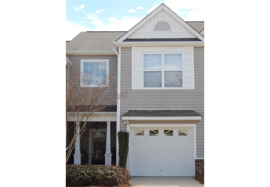 27 Rock Side Court, Greenville, SC 29615 $144,000